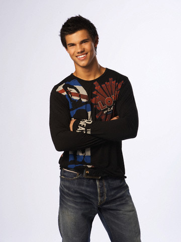 Taylor Lautner: Photoshoot 001 by John Russo (J-14 Photoshoot, Jan ... Taylor Lautner